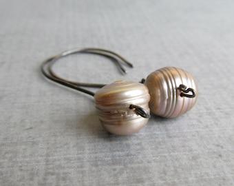Freshwater Pearl Earrings, Champagne Gray Earrings, Pearl Dangle Earrings Champagne, Handmade Earrings Pearl, Oxidized Sterling Earrings