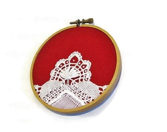 Wall hoop art vintage doily applique red white