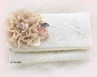 Clutch, Ivory, Blush, Tan, Champagne, Handbag, Lace Clutch, Wedding, Bridal, Lace Purse, Pearls, Vintage Style, Elegant Wedding