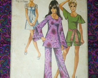 Vintage 1970s Tunic Dress Pattern Simplicity 8783