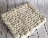 Merino Half Bump Knit Blanket - Newborn Photography Prop - Natural
