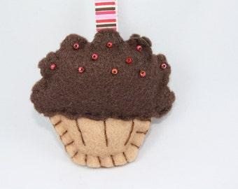 Brown beaded cupcake keychain