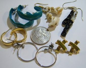 6 six pairs of pierced vintage earrings, hoop loop, dangle, gold tone, shell, wear, repurpose, craft 14INP14