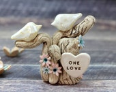 Tree cake topper One Love Wedding cake topper birds Bird cake topper Love birds wedding Birds rustic cake topper Wedding cake birds
