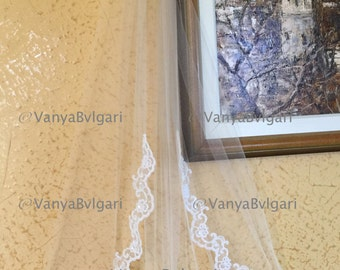 Single tier fingertip lace veil, wedding lace veil in single layer with lace edge design starting at chest level, ivory bridal classic veil