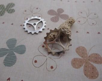 20pcs 23mmx23mm gear/gear wheel  Antique Silver Retro Pendant Charm For Jewelry Pendant