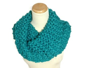 Sale Teal Scarf, Chunky Cowl, Outlander Inspired Cowl, Claire Inspired, Hand Knit Cowl, Infinity Scarf,  Neck Warmer, Scarf,  Winter Scarf