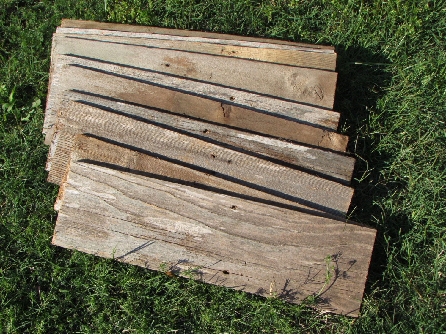 Reclaimed old fence wood 5 boards 20 inch length for Recycled wood board