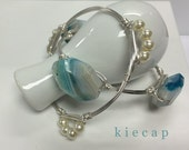 Blue Stones and Pearls Bangle Set, B&B Inspired Bangles, Pearl Bangle, bauble bangle