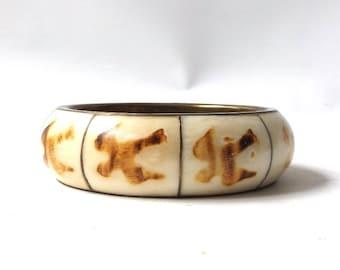 vintage 1970's sparrow birds bone & brass bangle wide bracelet real animal metal womens accessories accessory white brown bird symbol old