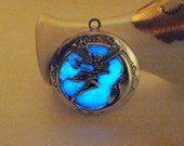 Fairy Locket Glowing Locket Glows in the Dark Fairy Dust Aqua Stained Glass Silver Moon Necklace Blue Moon Pendant Glowing Jewelry Halloween