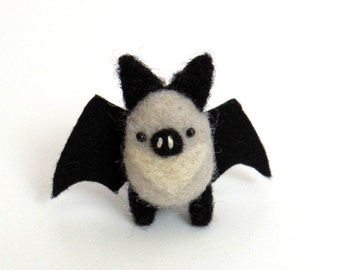 Bat brooch : Needle felted miniature animal pin - gray and black bat