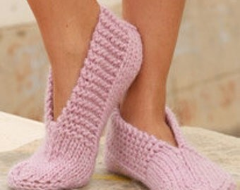Women slippers. Hand knitted wool socks. Pink or pick your color. Handmade gift for her. Ladies home shoes. Gift for mom. Christmas gift