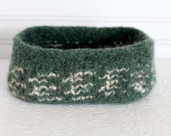 Forest Green Oval Wool Basket, Knit Felt Storage Basket, Boiled Wool Storage Basket, Felted Wool Basket, Gray Green Felt Basket
