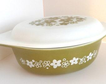 Pyrex Oval Casserole Dish  Pattern Spring Blossom Olive Green 1.5  Quart  #043