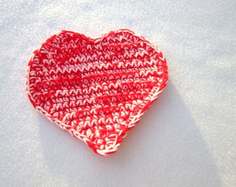 Red and Pink Heart Crochet Pot Holder, Heart Trivet, Heart Hot Pad, Valentines Day Gift, Present for Chef, Kitchen Decor, Housewarming Gift
