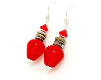 Red Christmas Bulb Light Earrings, Christmas Earrings, Light Bulb Earrings, Christmas Jewelry, Glass Earrings, Lampwork Earrings