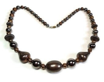 60s Bronze Metal Bead Necklace in Single Strand of Beads with Copper Accents with Barrel Clasp Closure - Vintage 60's Costume Jewelry