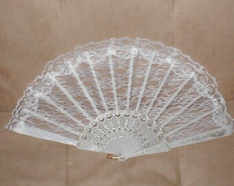 Vintage Ivory Lace Folding Fan