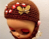 Crochet helmet for Blythe dolls