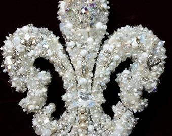 "Fleur de Lis WALL Decoration 5 1/2"" by 6 1/2"" Vintage Jewelry Rhinestones Silvertone White"