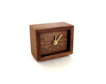 Walnut Clock with bras hands and brass inlay
