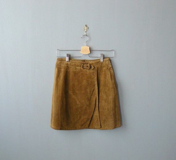 Vintage leather miniskirt. 1970s brown wrap suede miniskirt