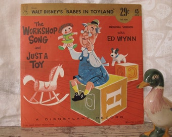 """1961 Disney 45 Record Babes In Toyland The Workshop Song and Just A Toy Disneyland Record """"Little Gem"""" Record Vintage Vinyl Children's"""