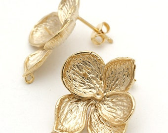 SI-096-MG / 2 Pcs - Full Bloom Tropical Flowers Stud Earrings, Matte Gold Plated over Pewter, with .925 Sterling Silver Post / 21mm x 23mm