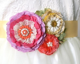 SALE: Colorful Wedding Dress Sash with Fabric Flowers in Pink, Coral and Yellow, Bridal Belt, Flower Sash Belt, Wedding Belt, Bridal Sash