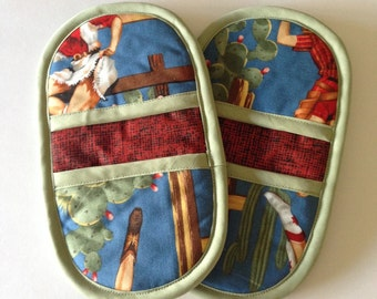 Matching Pot Holders - Pinup Cowgirls