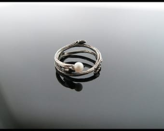 Twig and Vine Ring