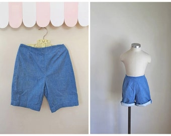 vintage 1960s child's denim shorts - CRAYON BLUE chambray shorts / 10-12yr