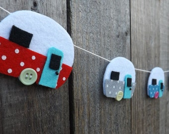 Caravan Garland, Felt Garland, Caravan Bunting, Caravan Decor, Retro Caravan, Felt Caravan, Home Decor, Garland, Kitsch, Red and Grey,