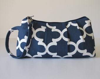 Bridesmaid Gift, Wristlet Clutch Zipper Pouch, Bridesmaid Clutch, Gift For Her  - Fulton in Navy