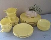 Vintage Melmac Dinnerware Set / Windsor Melmac / Stetson Melmac / Mallo-Belle / vintage melmac