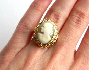 Vintage Victorian Carved Shell Cameo Ring - Facing Left - Signed Vendome - Adjustable