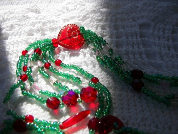 RED Heart UNIQUE Tassel Beaded Artisan Glass Necklace Hypoallergenic