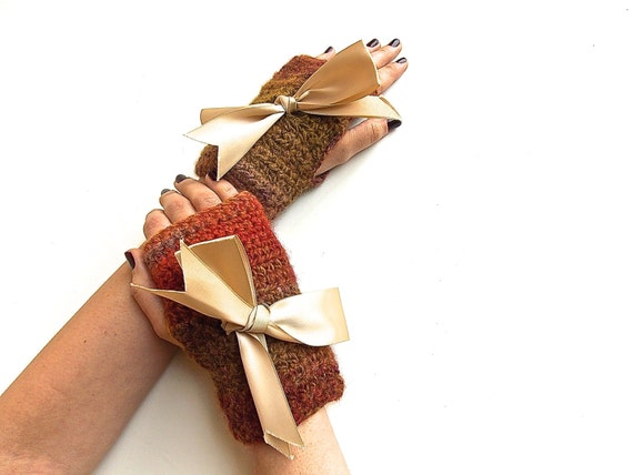 Pure Wool Fingerless Gloves, Crochet Multicolor Rustic Mittens, Earthy Fingerless Hand Warmers with Satin Bows