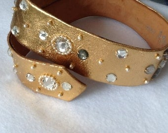 Beautiful vintage gold leather Artemise belt with crystals and pearls