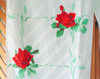 Vintage TABLE RUNNER. Red Roses Fabric. 1950s Toweling. Mid Century Linens. vintage 1950s fabric. fabric gift idea. Extra long 124 inches