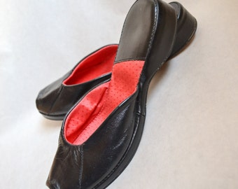 1940s Black red leather peep toe slipper mules / 40s platform wedges shoes - uk 2.5 3
