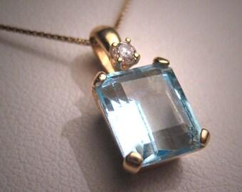 Vintage Aquamarine Diamond Pendant Necklace 14K Gold Estate