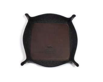 Valet Tray Storage Bowl Dish Vegetable tanned leather 100% wool felt Handmade in Germany