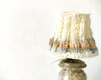 Table lamp, Drum lamp shade, Knitted fabric embellished decor from cream naturewool, Desk lamp, Bedside lamp, Country home decor.