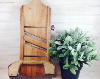 Vintage Shabby Chic Kitchen Collectibles