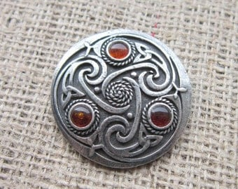 Amber Celtic knotwork shield brooch - chunky pewter with triquetras