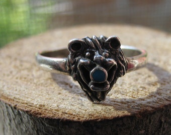 Southwestern Vintage Bear Ring with Small Turquoise Mens or Ladies Ring Size 7
