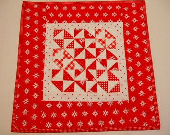 Pinwheel Quilted Table Topper, Quilted Table Runner, Valentine Runner, Red and White, Feedsack Reproduction
