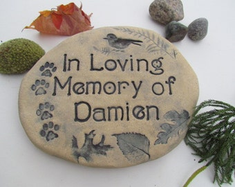 """Personalized Pet Memorial stone. Unique Dog, Cat Grave marker. Custom engraved name. Pet Gravestone 10"""" wide. Choice of artistic decorations"""